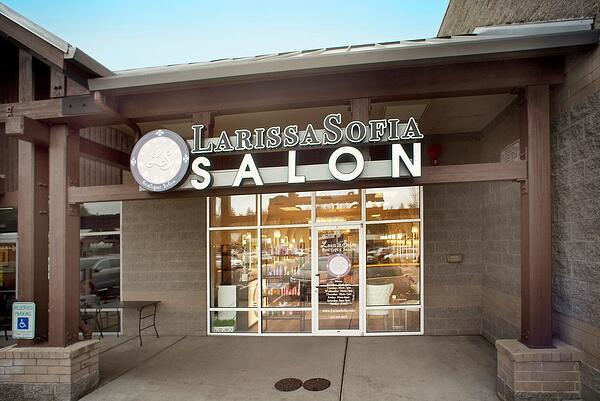 Larissa Sofia salon front entrance