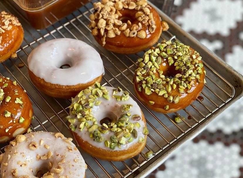 tatte_donuts_the_crossing_clarendon