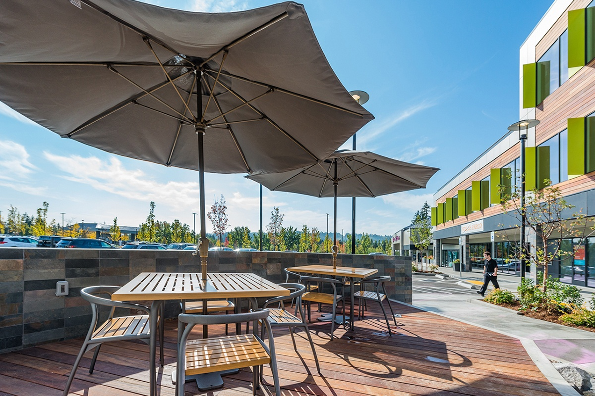 Murrayhill Marketplace Outdoor Patio