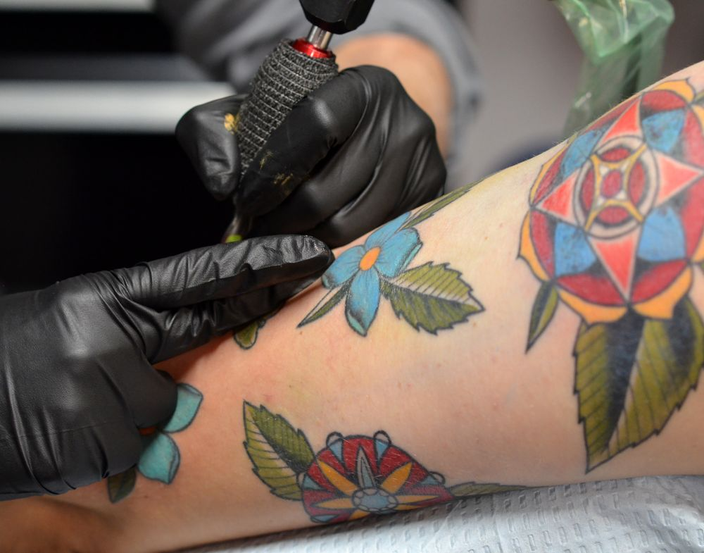 lady_octopus_tattooing_floral